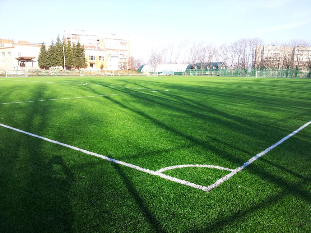Строительство футбольного поля с натуральным газоном 3