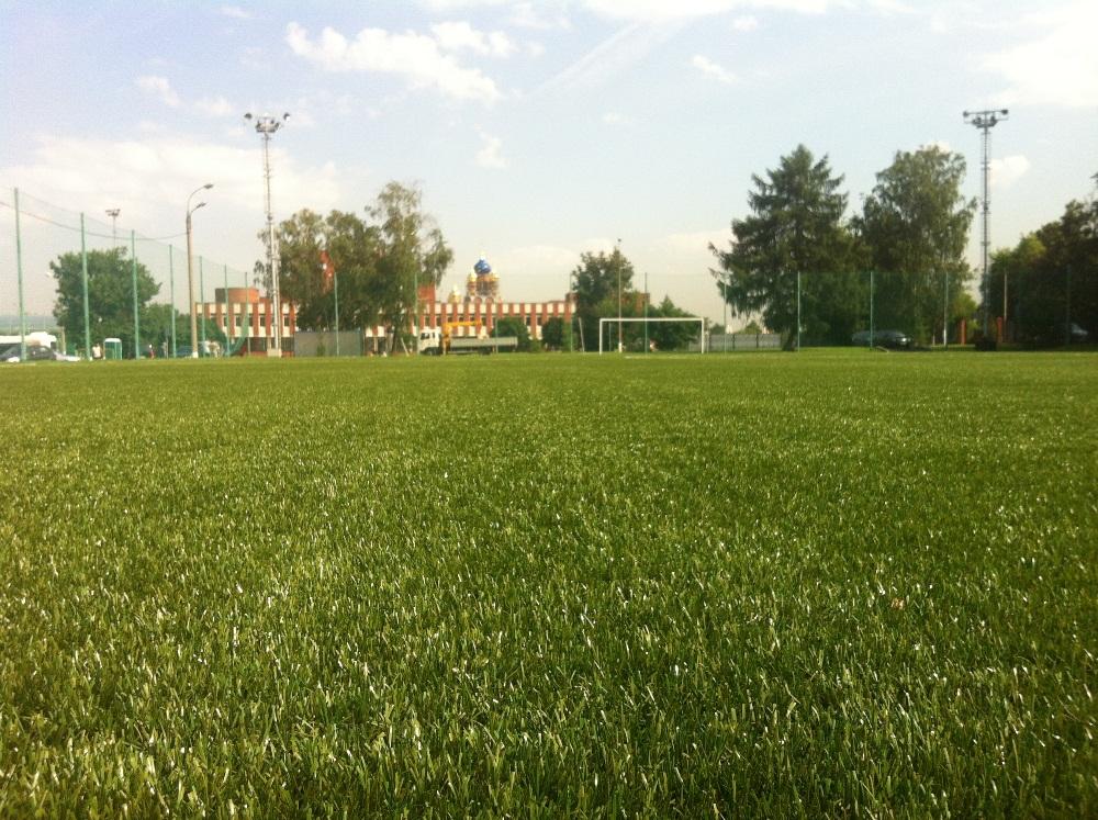 Строительство футбольного поля с натуральным газоном 9